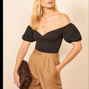 NWT Reformation Lampone Top